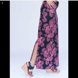 Black/Paisley Side Slit Maxi Skirt Dora Medium